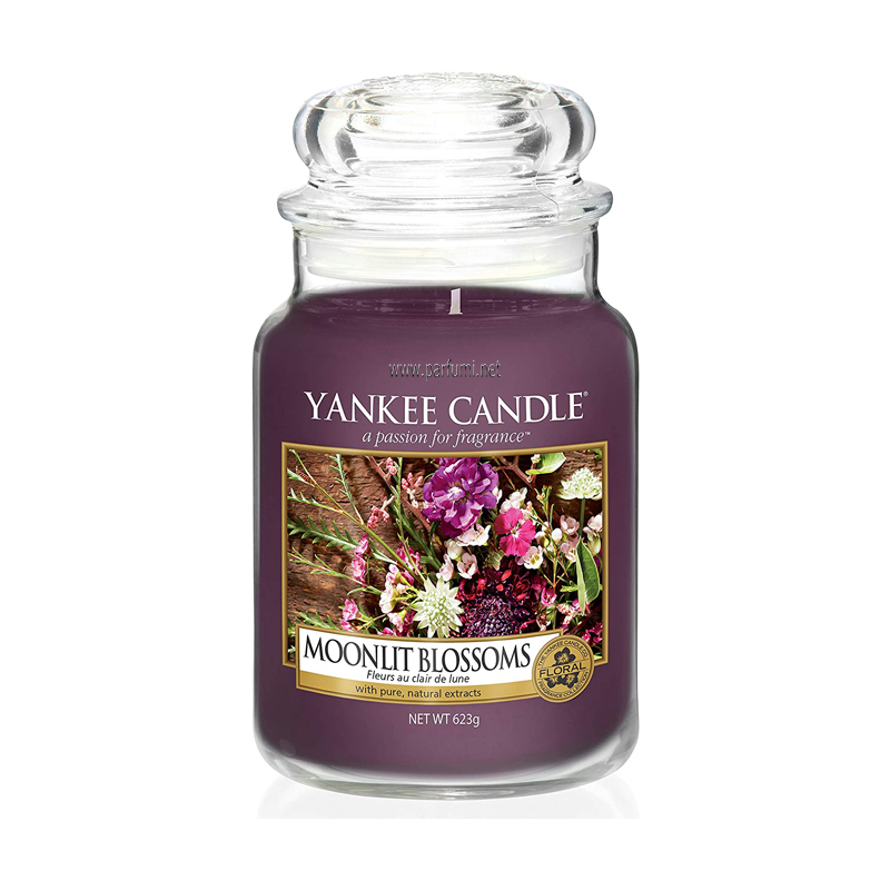 Yankee Candle Moonlit Blossoms Ароматна Свещ 623 гр.